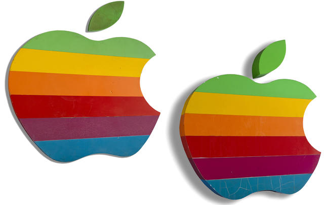 apple logo arcobaleno